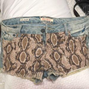 Snake print shorts. Size 11. Teens